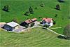 Foto 547: Bauernhof mit neuer Scheune in der  Zentralschweiz..