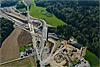 Foto 37: Ausbau der Nordumfahrung Zürich. Blick auf die Baustelle beim Nordportal des Gubristtunnels.