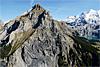 Foto 43: Der Hausberg von Kandersteg BE ist zerfurchtes Urgestein und trägt den Namen Bire.
