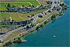 Foto 81: Das Ufer des Genfersees - hier bei Rivaz VD - ist überall dicht befahren.