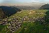 Foto 112: Stans NW ist der Hauptort von Nidwalden. Im Hintergrund die Pilatuswerke und die Flugpisten.