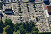 Foto 143: Der Asphaltfriedhof von Delsberg bzw. Delemont JU.