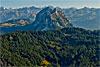 Foto 256: Ein Hauch von Urschweiz Blick von Norden gegen die beiden Mythen (SZ) und die Urner Berge..